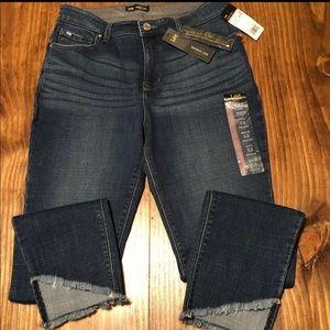 NWT Lee Dream Soft Jeans